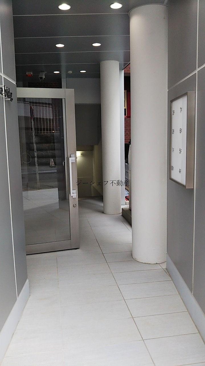 ACN渋谷道玄坂ビル エレベーターへ向かう共用通路