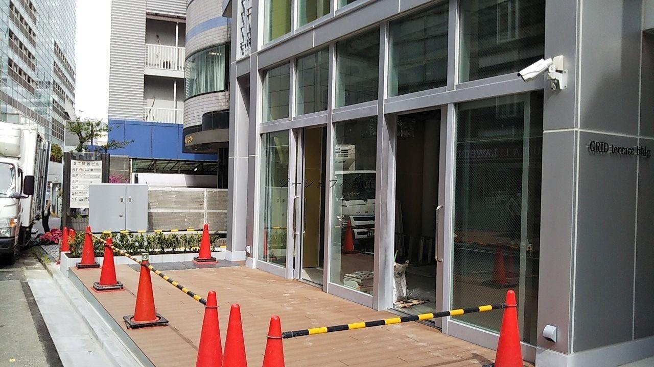 ACN渋谷道玄坂ビル 1F店舗外観 テラスあります
